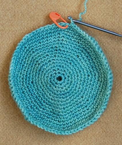 crochet-yarmulke-1.jpg