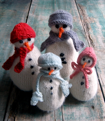 SnoBuddy Family from Knitting at KNoon | Purl Soho