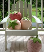 Strawberry Pillows | Purl Soho