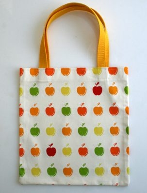 The Twenty Minute Tote with Kokka Apples | Purl Soho
