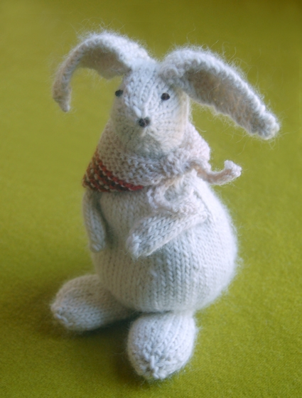 Bunny Hop Bunnies from Knitting at KNoon | Purl Soho