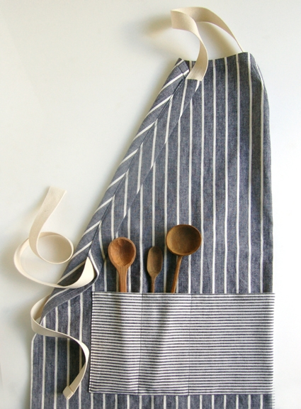Adjustable Apron | Homemade Christmas Gifts Men Will Actually Love