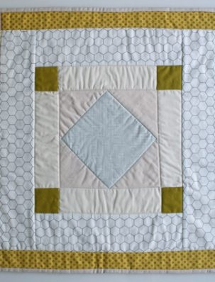Mini Quilt of the Month, October: Amish Diamond | Purl Soho