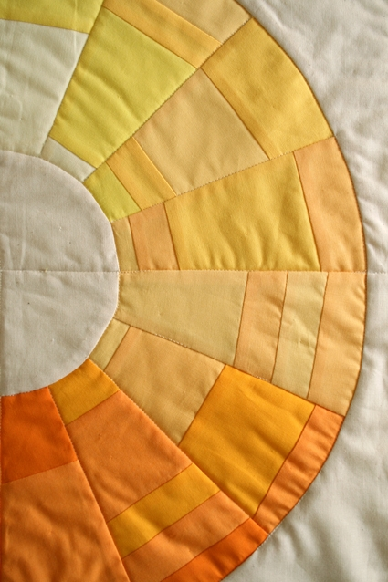Mini Quilt of the Month, December: Golden Wreath | Purl Soho
