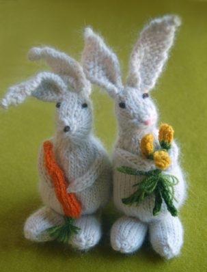 Bunny Hop Bunnies from Knitting at KNoon | Purl Soho