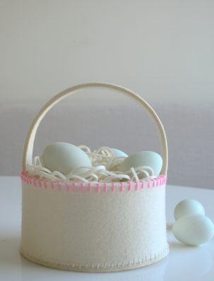 Super Simple Felt Easter Basket | Purl Soho