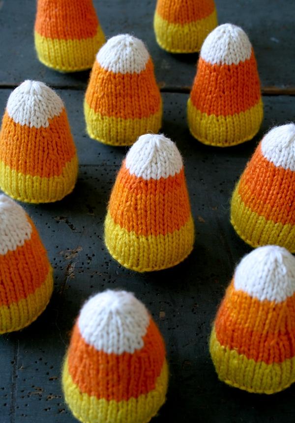 Candy Corns - purlbee.com Free knitting pattern @ http://www.purlbee.com/2012/09/30/whits-knits-candy-corns/