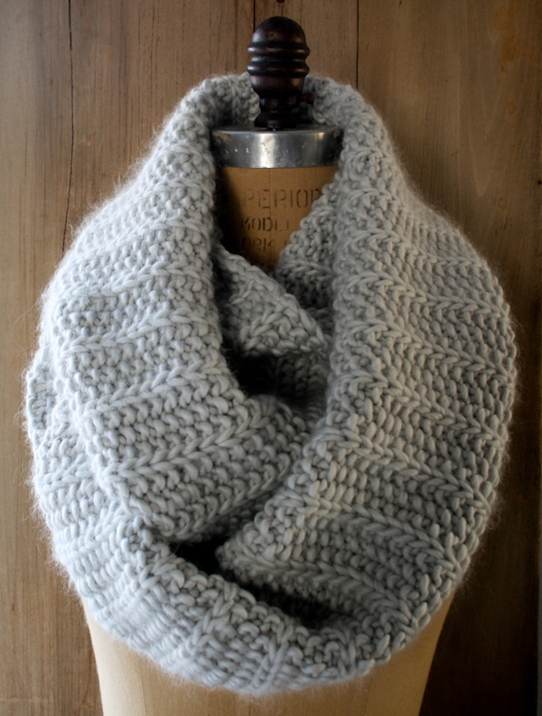 Super Soft Merino Fluted Cowl | Purl Soho