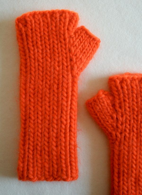 Knitting Pattern For Hand Warmers : Super Soft Merino Hand Warmers Purl Soho