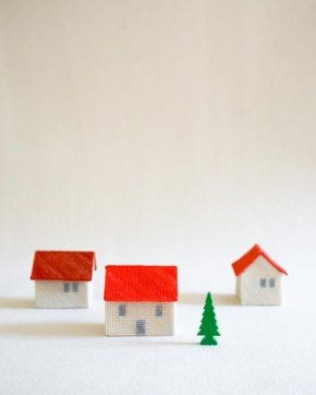 Needlepoint Houses | Purl Soho