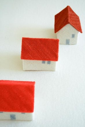 Needlepoint Houses | Purl Soho