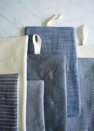 Simple Stitched Hot Pads | Purl Soho