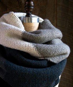 Linen Stitch Colorblock Wrap