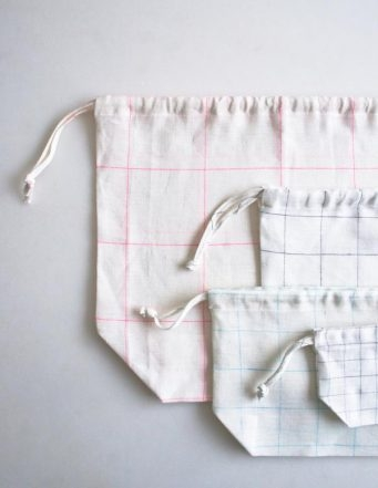 Easy Drawstring Bags in Linen Grid | Purl Soho