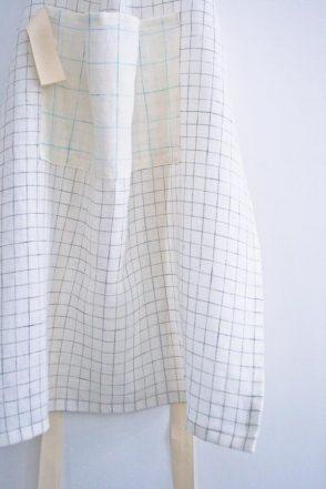 Simple Linen Apron in Linen Grid | Purl Soho