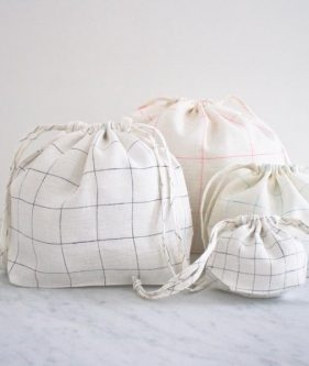 For A New Version Of Our Easy Drawstring Bags We Used Linen Grid Fabric The Bag Itself And Also To Create Drawstrings That Pull Whole Thing