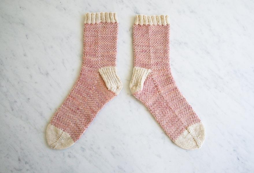 47f1ad353 Pixel Stitch Socks
