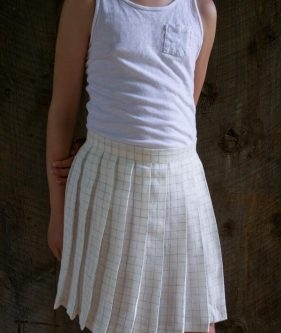 Pleated Skirt in Linen Grid