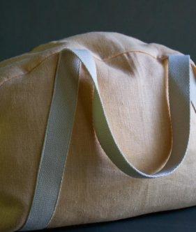 Overnighter Bag in Warsa Linen