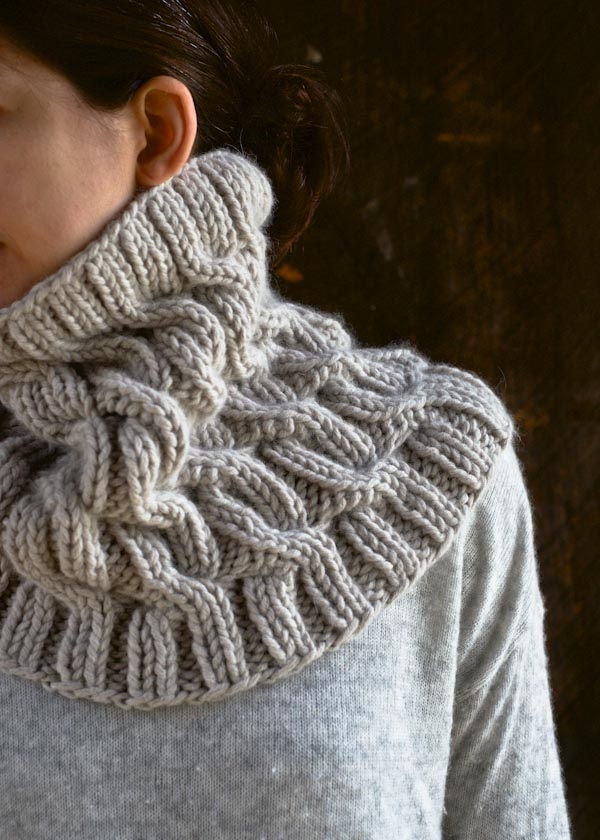Free Knitting Patterns For Cowls And Snoods : free pattern cap-sleeve sweater, 1819 - free knitting pattern Knitting-adul...