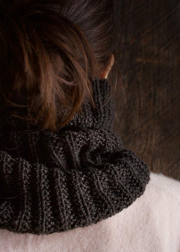 Knitting Pattern Mistake Rib Scarf : Mistake Rib Cowl Purl Soho