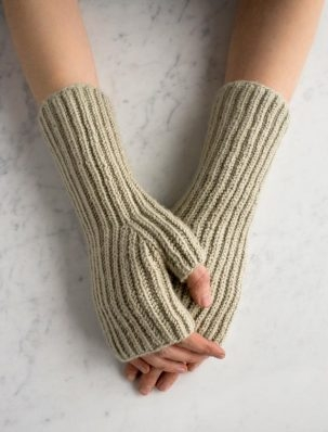 Fisherman's Rib Hand Warmers | Purl Soho