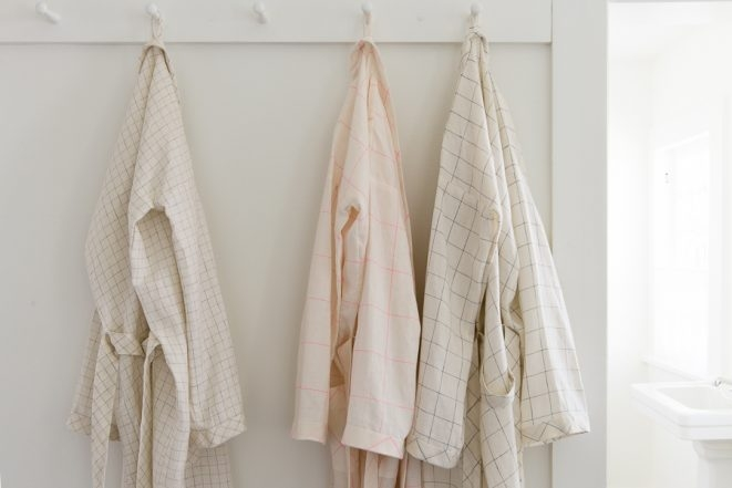 Women's Robe in Linen Grid | Purl Soho
