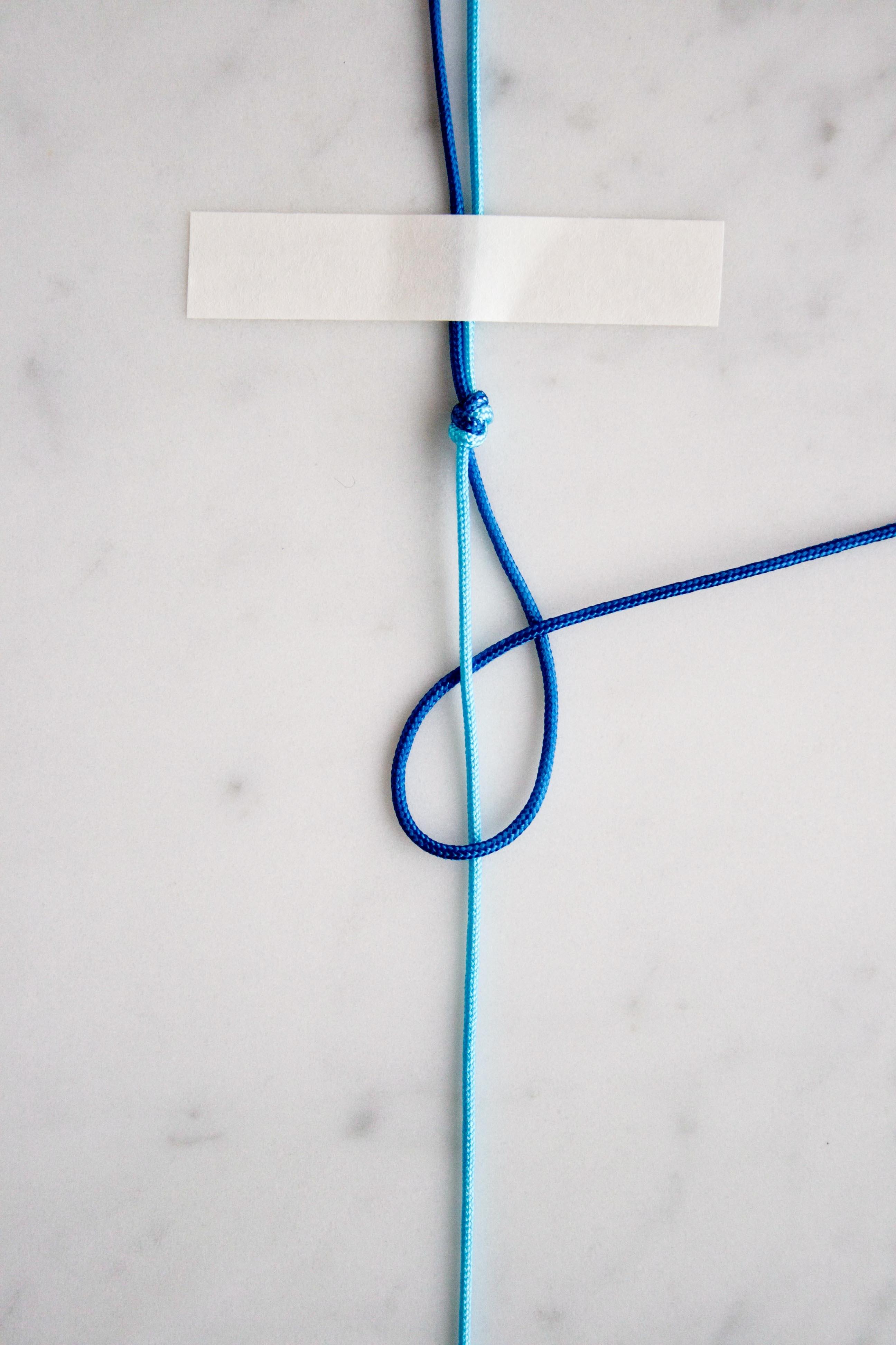 Basic Macramé Knots (HLK + HRK) | Purl Soho