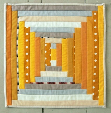 Mini Quilt of the Month, January: Courthouse Steps | Purl Soho
