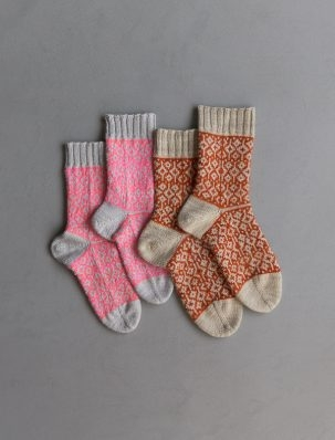 Amelia Putri For Purl Soho: Double Diamond Socks | Purl Soho