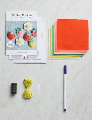 Felt Strawberry Magnets Kit